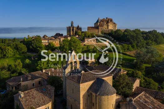 Château de Biron © Déclic&Décolle - DJI_0395